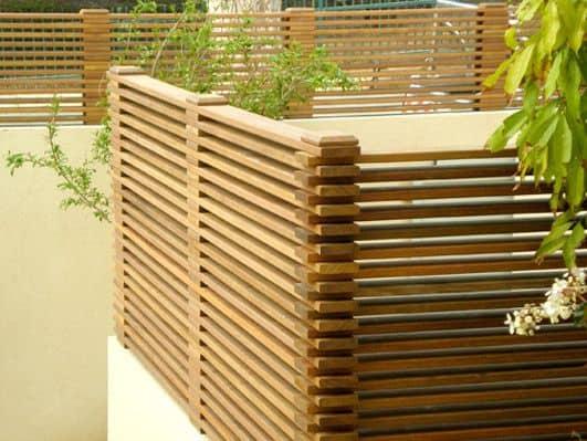 גדר עץ - הפתרון המושלם לגינה