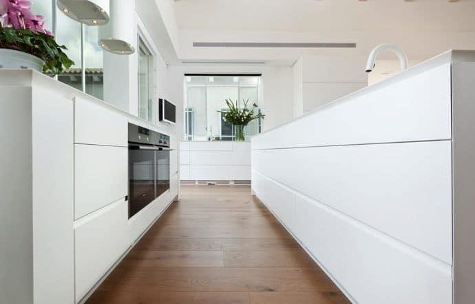 פרקט עץ בדירה