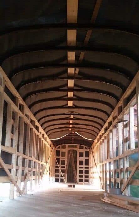 עבודות שחזור קרון רכבת עתיק מעץ - עץ ועצה