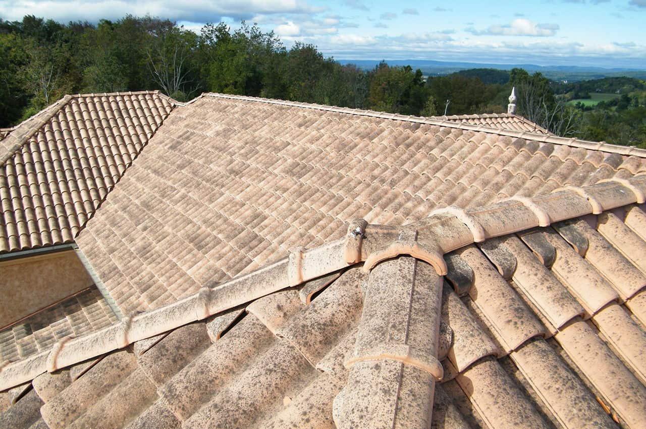 רעפים לגג בסגנון אירופאי קלאסי