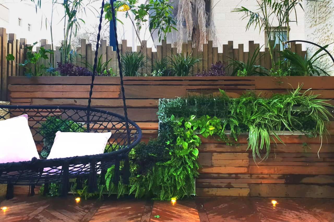 גדר וספסל מעץ איפאה