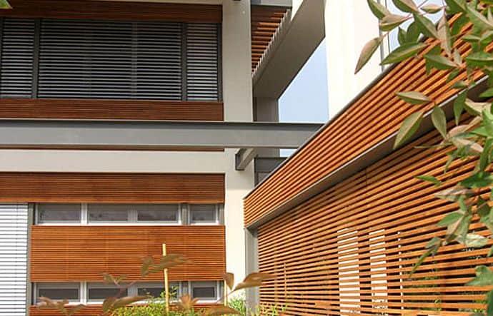 חיפוי קירות חיצוניים מעץ טיק בורמזי