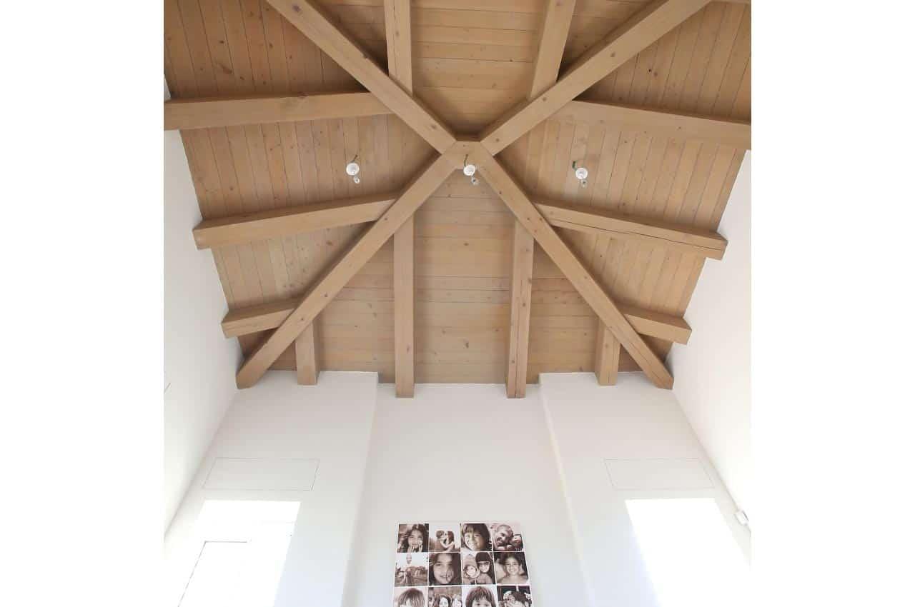 חיפוי תקרה לגג רעפים עץ המלוק