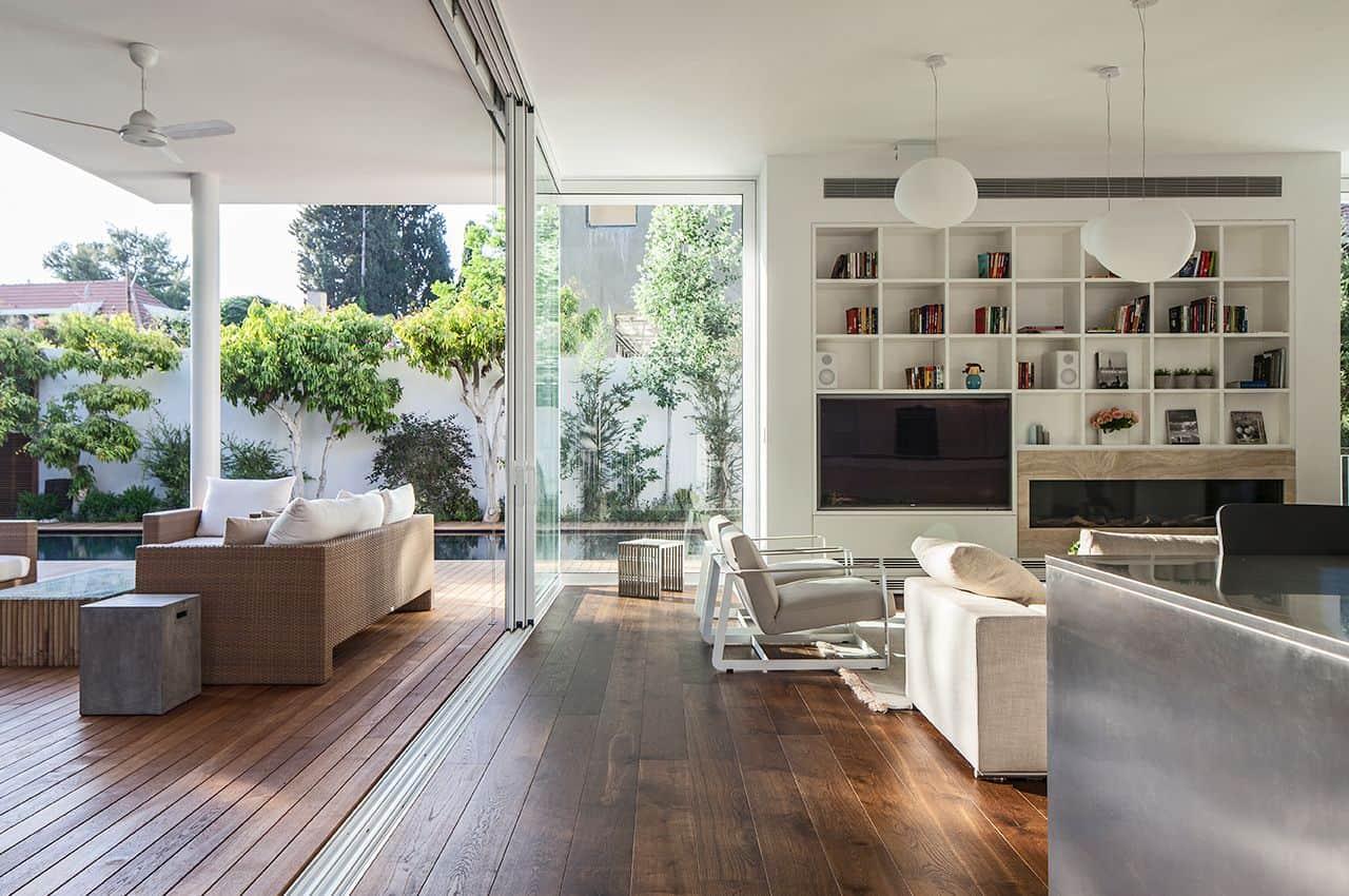 פרקט עץ בכל הבית