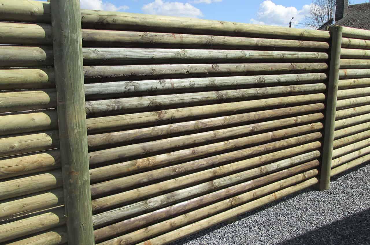 מוטות עץ עגולים לגדר מעץ