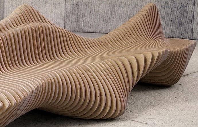 ספסל מיוחד מעץ