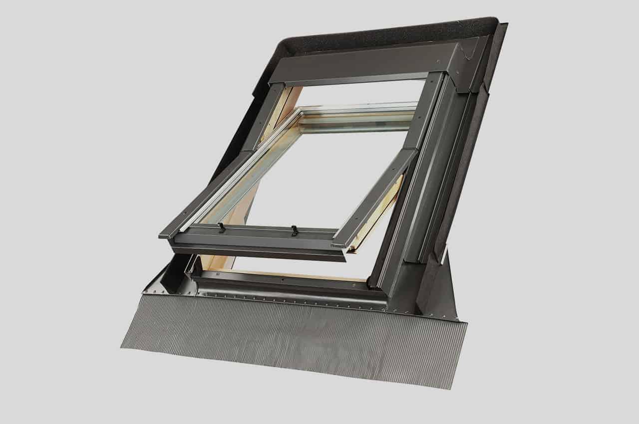 מבט מבחוץ חלון פתוח - פתיחה עד 170°